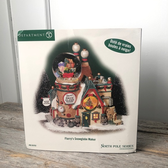 Dept 56 NorthPole Flurry's Lighted Snowglobe Maker